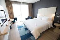 Premier RiverView Room