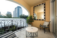 Premium Balcony King