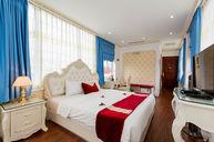 Premium Room with Bathtub