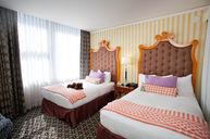 ADA Monaco Queen-Queen Suite (Pre-Renovation)