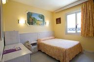Single Room (PRE-RENOVATION)