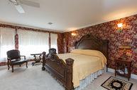 Rm 202 King Jacuzzi Suite