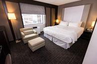 Romantic Luxury Suite