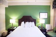 (Room 1305) Queen