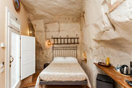 Room Grotta Small