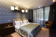 Royal Residence Family Garden Suite