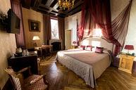 Saint Thomas Comfort Room