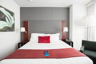 Standard King Room Chic Design