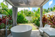 One Bedroom Villa w/ Soaking Tub