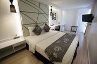 Superior Black & White Room