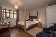Superior King Four Poster Room (Cotswold View)