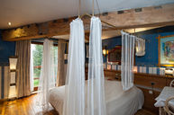 Superior Room Knox with Bath & Four Poster Bed