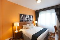 Two Bedroom Deluxe Apartment (Golden Sands 10)