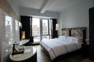 Urbane Sky Room
