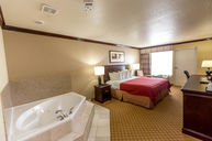 Wirpool Suite with King Bed