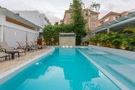 Fountain Pool