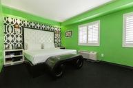 Cabana Junior Room