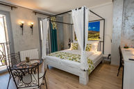 Carrasqueta Suite with sofa bed