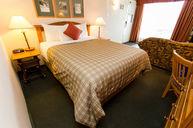 Cavell Queen Bed