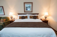 Chetola Lodge Deluxe Lakeview King Room with Balcony, King Bed and Sleeper Sofa