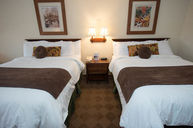Chetola Lodge Deluxe Lakeview With Balcony and Two Queen Beds