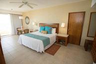 Beach Front Club Premium Junior Suite