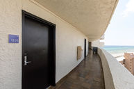 Beachfront State Room