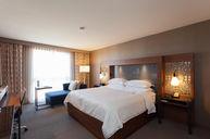 Club room (Corner King room)