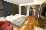 Comfort Double Twin Medium Room