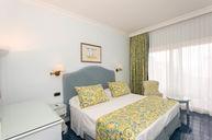 Comfort Room (Sea View)