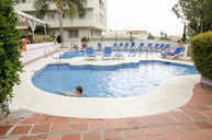 Curvy Pool