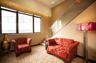 Deluxe Chinese Suite
