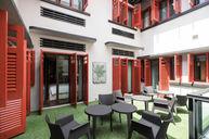 Deluxe Courtyard