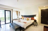 Deluxe Elegant Room
