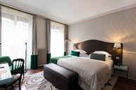 Deluxe Emeraude Room