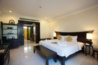 Deluxe Grand Room