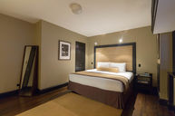 Deluxe Guest Room - King Bed