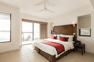 Deluxe Oceanview Apartment - Penthouse Suite