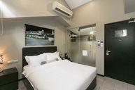 Deluxe Queen Mezzanine Room