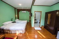 Deluxe Room (New Wing)