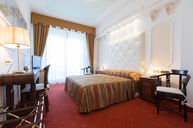 Deluxe Room with Lake View Balcony