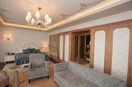 Deluxe Sea King Room