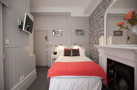 Belgravia Double Room Red