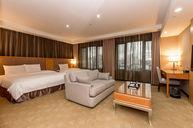 Delxue Triple Room
