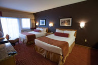 Double Queen Lakeview Room