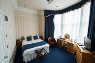 Double Room with Bay Window