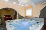 Double Room with Jacuzzi and Sauna