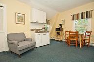 Bullfrog Cottage Room 303