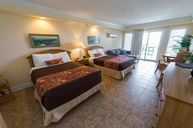 Emerald Suite (Oceanfront)