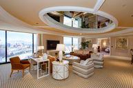 Encore Tower Suites Salon